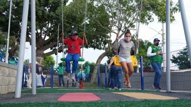 Comunidad del barrio La Esmeralda recibe nuevo parque 'Los Ahijados'