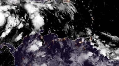Eta se convierte en huracán de categoría 2