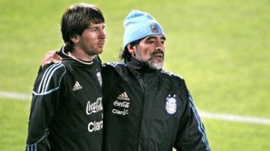 Maradona y Messi coincidieron por última vez en al Selección Argentina, cuando el pelusa dirigió la Albiceleste.