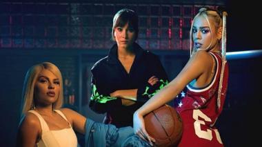 En video | Danna Paola lanza 'Friend de semana' junto a Luisa Sonza y Aitana