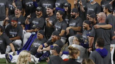 Cinco integrantes de los Dodgers dan positivo al coronavirus