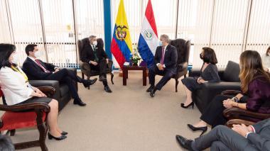 Colombia y Paraguay fortalecerán comercio y cooperación