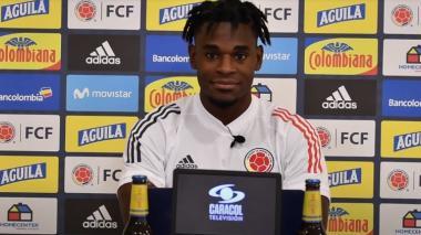 Duván Zapata será el delantero centro de la Selección Colombia contra Uruguay.