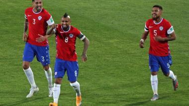 Arturo Vidal comandó la victoria 2-0 de Chile sobre Perú.