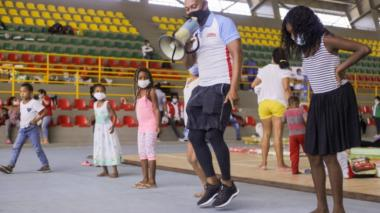18.000 unidades de bienestarina a niños damnificados de Cartagena