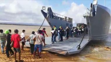 En medio de la crisis, llegaron insumos alimenticios a la Alta Guajira