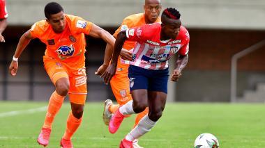Daniel Moreno fue uno de los jugadores más destacados de Junior en el partido ante Envigado.