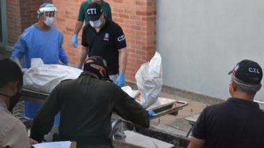 Levantamiento de uno de los cinco cuerpos en área rural de San Marcos el 25 de octubre pasado.