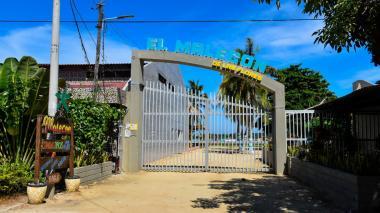 Fachada del el restaurante 'El Malecón de Las Flores', donde ocurrió el crimen.