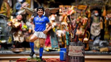 Maradona ya es un santo en los pesebres de Nápoles