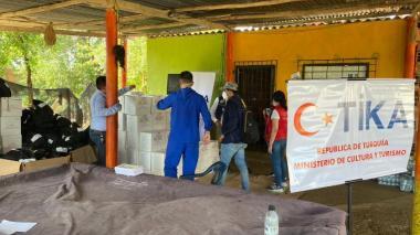Turquía entrega 285 ayudas humanitarias a damnificados de Iota en La Boquilla