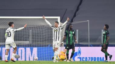 El Juventus goleó 3-0 este miércoles al Dinamo Kiev.