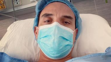 Silvestre Dangond sube foto hospitalizado y preocupa a sus fanáticos