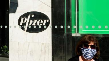 EE.UU. aprobará pronto la vacuna de Pfizer y la distribuirá el lunes o martes