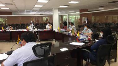 Cuestionan al gobierno de Sucre por enviar proyectos sin soportes