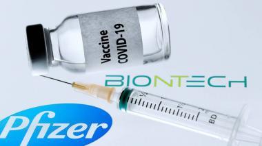 Pfizer negocia con EE.UU. el suministro de otros 100 millones de dosis