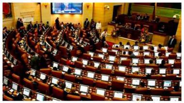 El Congreso sesionó algunas veces de manera virtual, otras presencial y otras de manera mixta.