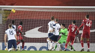 Liverpool 2, Tottenham 1: Roberto Firmino selló el triunfo al minuto 90