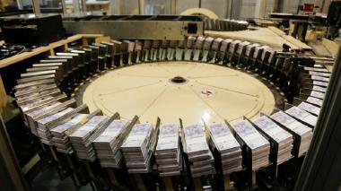 Banco deja tasa sin cambio en 1,75%