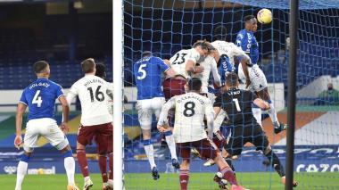 Yerry Mina consolida al Everton en la Premier League