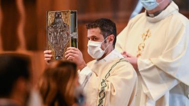 """El Vaticano recuerda que es """"inadecuado"""" usar fotocopias de la Biblia en misa"""