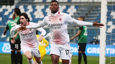 Leao fue titular en la delantera del Milan por la baja por lesión de Ibrahimovic.