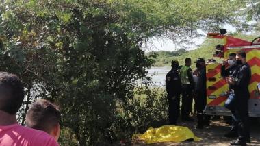 Joven fue a pescar con amigos y murió ahogado en Santo Tomás