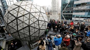 La bola de Times Square recibirá el 2021 sin público por el coronavirus