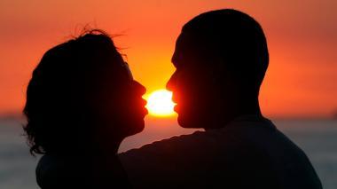 Estudio asegura que apps de citas no destruyen el amor