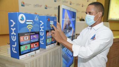 Sincelejano crea máquina para llevar internet a zonas apartadas de Sucre