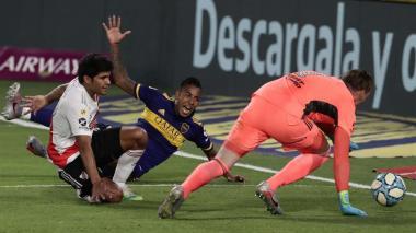 Boca y River sellan un empate en la Bombonera con tinte colombiano