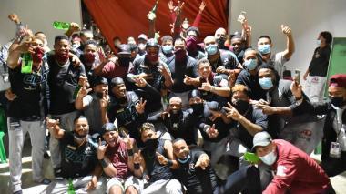 'Pipe' Urueta y sus Gigantes del Cibao son finalistas en la Liga Dominicana