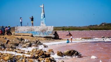 Nuevo enfrentamiento entre nativos y concesionario en salinas de Galerazamba