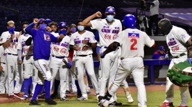 Caimanes y Vaqueros, a la final del béisbol colombiano