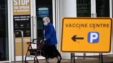 Londres defiende el veto a vuelos de Sudamérica para no alterar la vacunación
