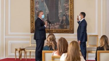 Duque posesiona a Daniel Palacios como mininterior