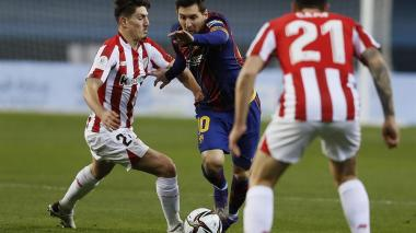 Messi recibió una tarjeta roja por primera vez como jugador del Barcelona.