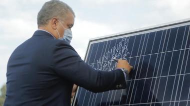 Al final de 2021 se entregaría el parque eólico más grande del país: Duque