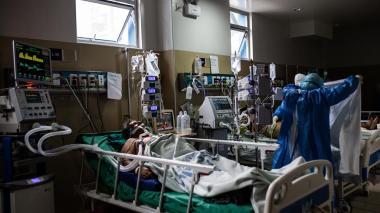 Perú reporta tres casos de variante británica en su segunda ola de contagios