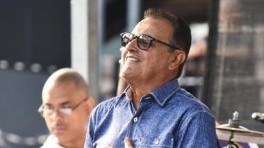 El cantante Ismael Miranda fue operado del cerebelo