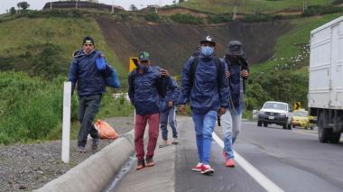 Ecuador aumenta presencia militar en frontera con Perú para vigilar migración