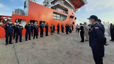 Buque ARC Caribe zarpó desde Cartagena con ayudas para San Andrés
