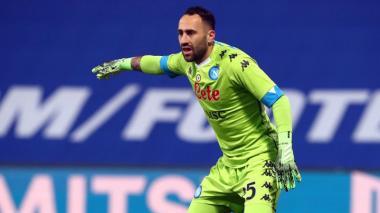 El Nápoles de Ospina asalta la zona de Liga de Campeones