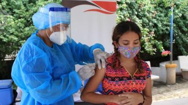 """""""Migrantes irregulares deben ser vacunados"""": organizaciones internacionales"""
