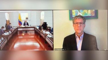 Vista del encuentro entre el presidente Duque y José Miguel Vivanco.