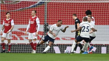 El City sigue en racha tras imponerse sin problemas al Arsenal