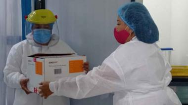 Santa Marta recibió 730 dosis de Sinovac para mayores de 80 años