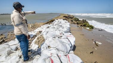 Salinas de Galerazamba, en riesgo por erosión costera