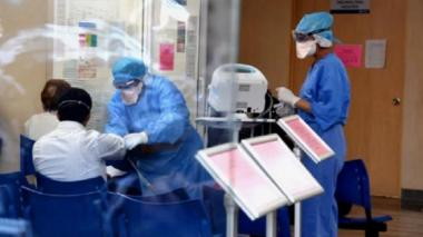 En uci, médico que fue vacunado con síntomas de covid-19 en Valledupar