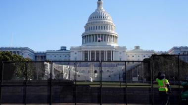 Policía alerta de un plan para irrumpir este jueves en el Capitolio de EE. UU